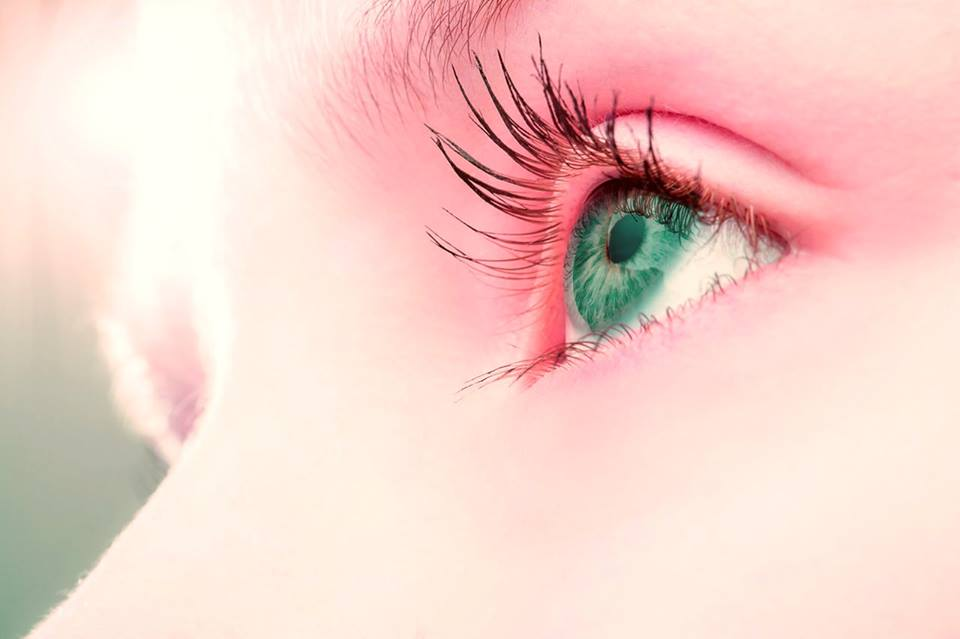 Easy ways to get rid of puffy eyes