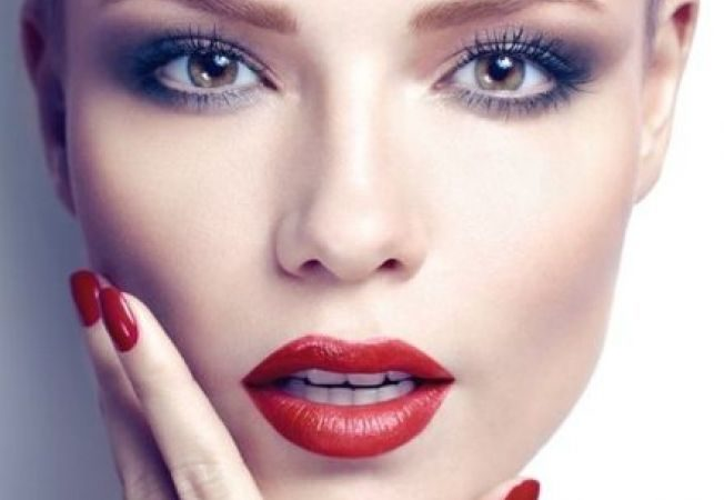 Effective Natural Ways to Get Plump Lips Easily