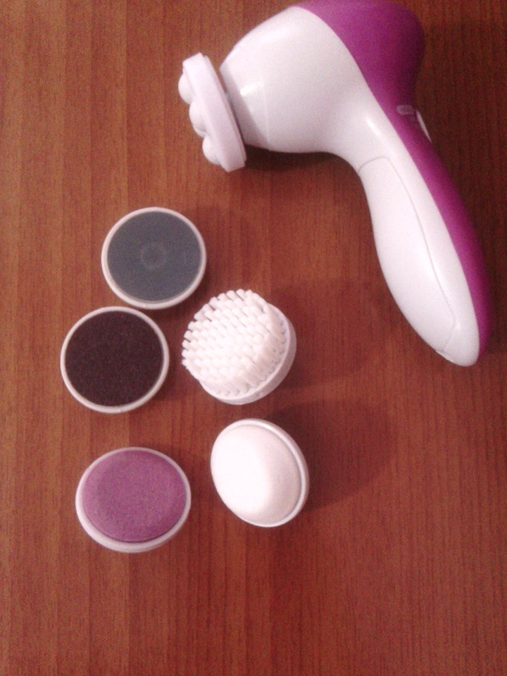 Cleansing Brush Review