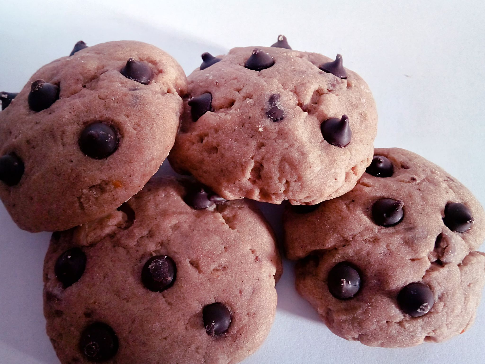 Homemade Cinnamon Chocolate Chip Cookies